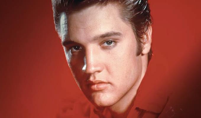 """Elvis Presley: se cumplen 42 años de la muerte del """"Rey del Rock"""""""