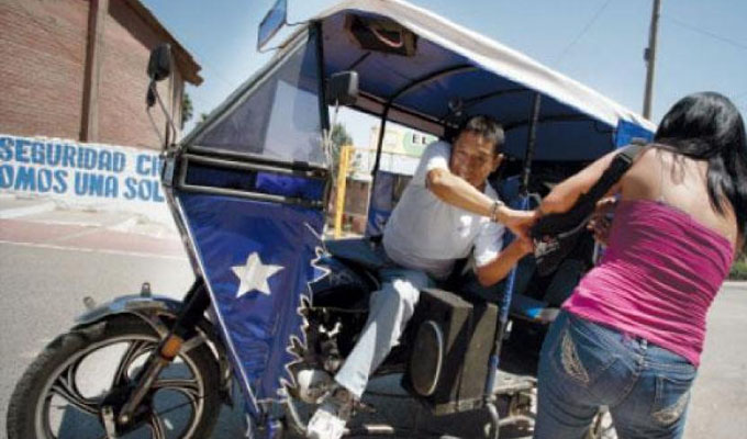 Vecinos de Comas atemorizados por incremento de asaltos a manos de mototaxistas