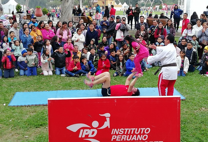 Camión del Deporte del IPD llevó alegría y diversión por el Día del Niño
