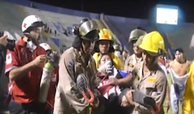 Honduras: cuatro muertos y doce heridos dejó batalla campal previo a clásico de fútbol