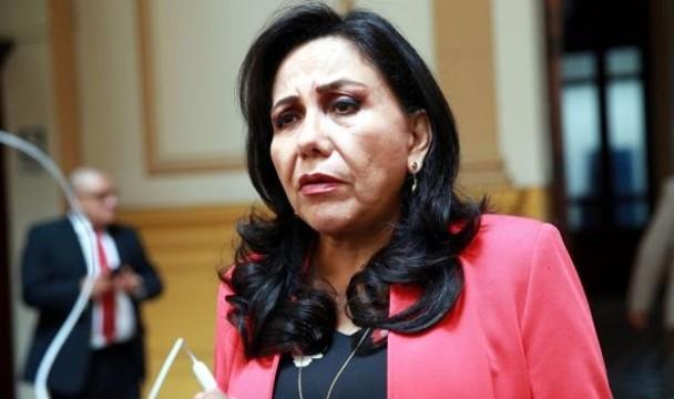 Ministra Montenegro califica como un insulto a Vizcarra las expresiones de Olaechea