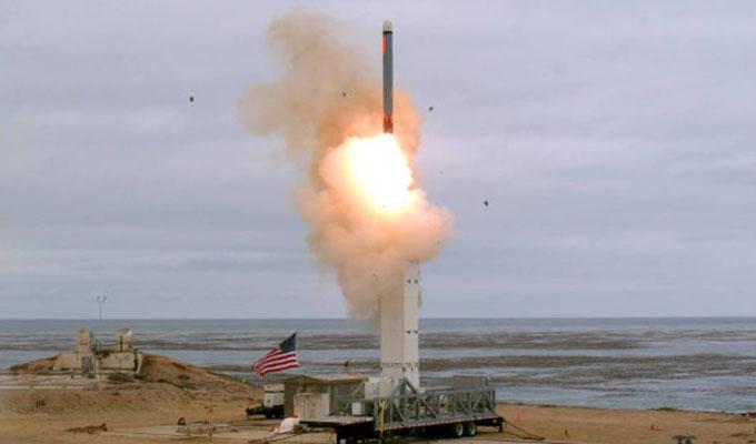 Rusia y China en alerta tras ensayo de un nuevo misil por EEUU