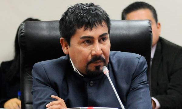 Elmer Cáceres: Juzgado ordena destituir al gobernador regional de Arequipa