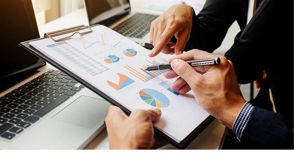 Descubra como a Matriz GE McKinsey é utilizada para a tomada de decisão em um negócio