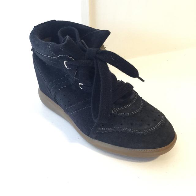 Isabel Marant Size 37 EU Sneaker
