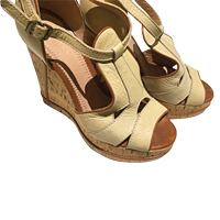 Chloe Size 38 EU Wedge