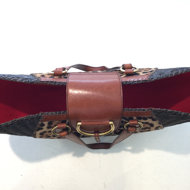 Dolce--Gabbana-Tote_117293F.jpg