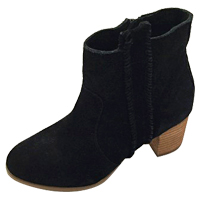 Coconuts  Size 6 US Boot
