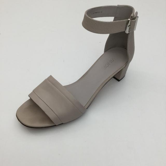 Vince Size 8 US Sandal