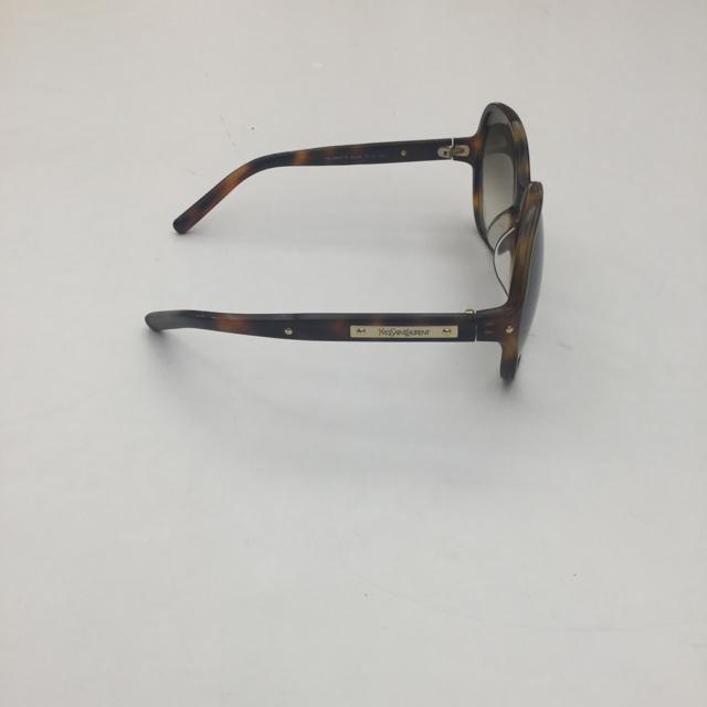 Yves-Saint-Laurent-Sunglasses_193603D.jpg