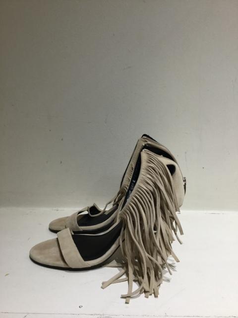 Elyse Walker  Size 39 EU Sandal