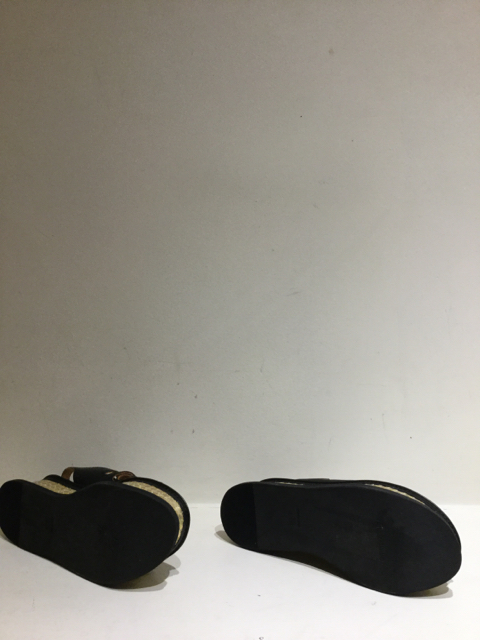 Mihara-Yasuhiro--Size-8.5-US-Flat_91850D.jpg