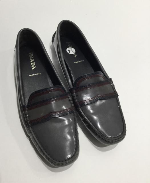 Prada Size 38 EU Flat