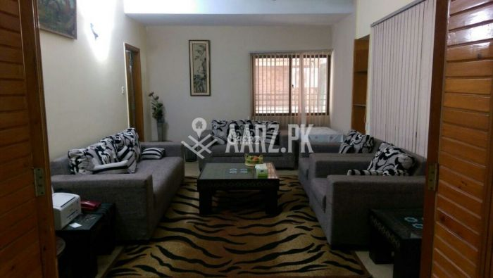 1 Bed Studio Outclass Fully furnished Ground floor