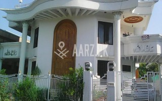 666 Square Yard House for Rent