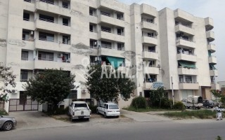 1120 Square Feet Flat for Sale