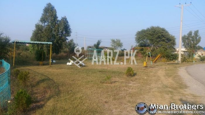 133 Square Yard Plot for Sale