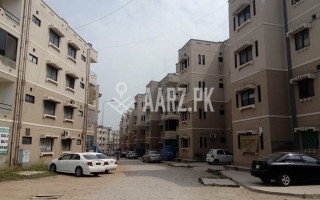 2100 Square Feet Flat for Sale