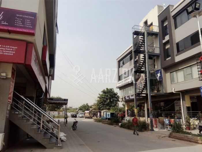 286 Square Feet Shop for Sale