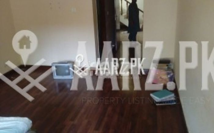 3 Bedrooms House for Rent - Upper portion