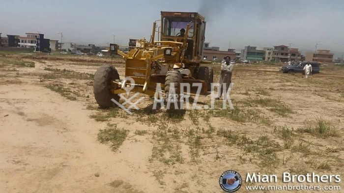 355 Square Yard Plot for Sale
