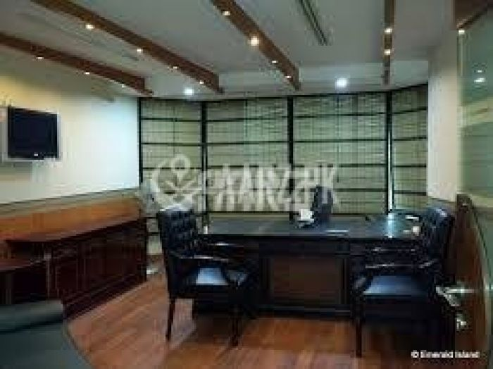 627 Square Feet Office for Sale