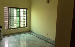 10 Marla House (Upper Portion) For Rent