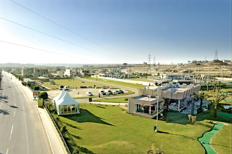 10 marla plot in bahria phase 4