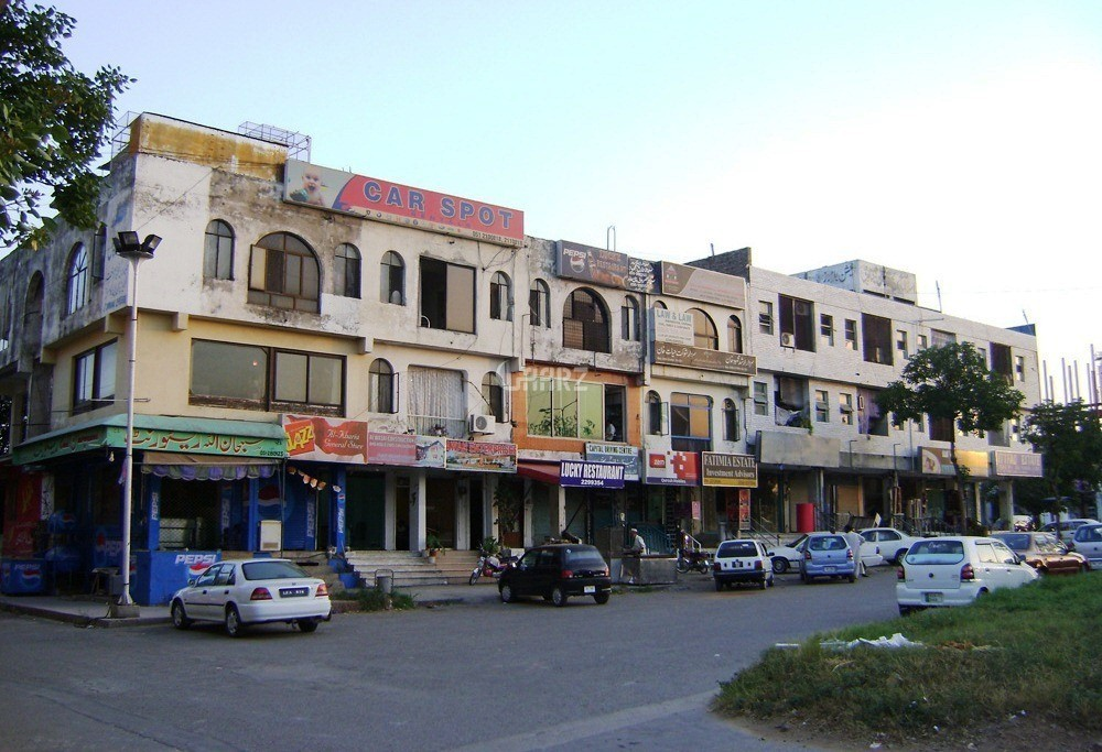 1000 Square Feet Shop (ground floor) for Sale