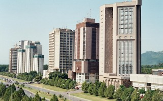 10000 sq feet Plaza (single floor) for Rent