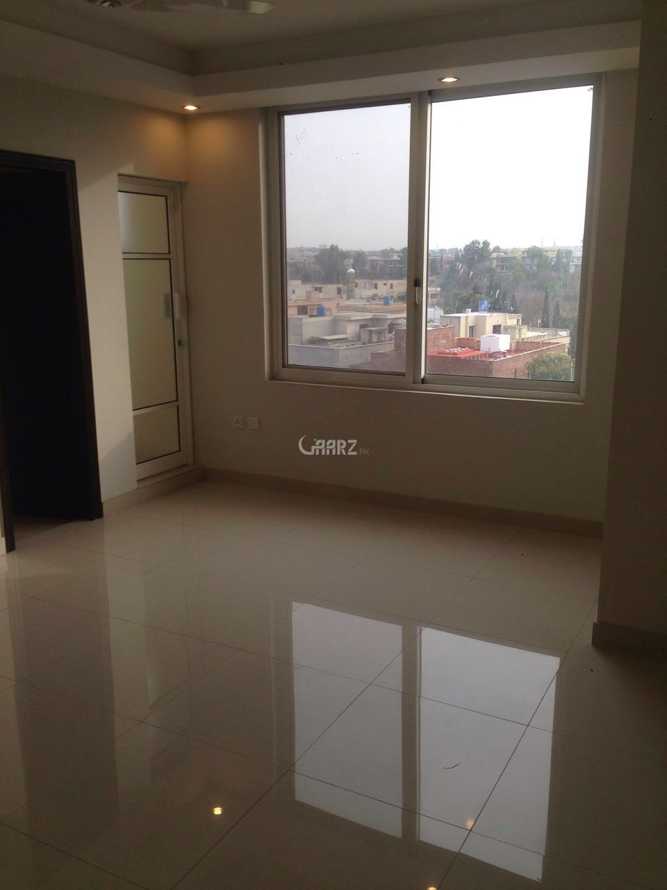 2 Bedrooms Apartment Executive Heights- 5th Floor for Sale
