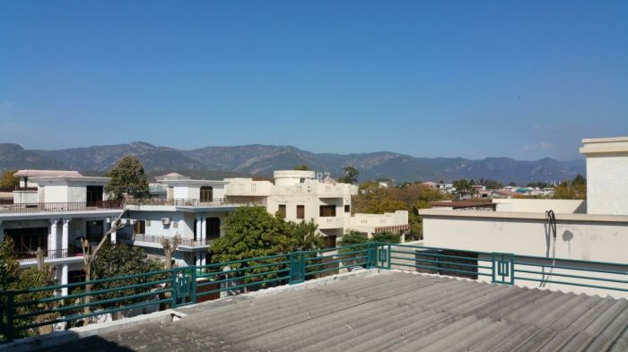 3 Bedrooms Apartment 2800 Square Feet- for Sale
