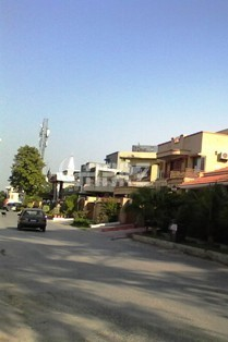 3 Bedrooms Apartment 500 Square Yards-Upper Portion for Rent