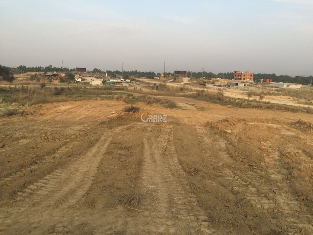 5 Marla Plot On Ideal Location Available- For Sale