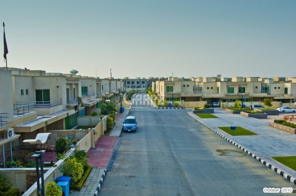 6 marla plot in bahria phase 8 oversees