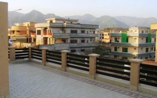 1 Kanal House for Rent - Lower Portion.