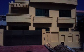 8 Marla House for Rent in Bahria Town Phase 8