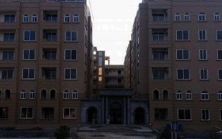 1330 Square Feet Flat For Rent