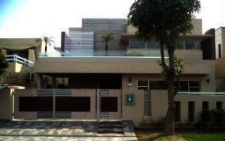 House for Rent in F-11/2 Islamabad.