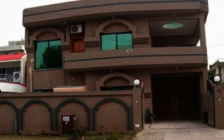 15 Marla House for Rent in G-6, Islamabad.