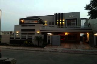 1 Kanal House for Rent in Lahore Cantt