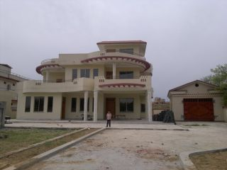 10 Marla House for Rent in Lahore Johar Town
