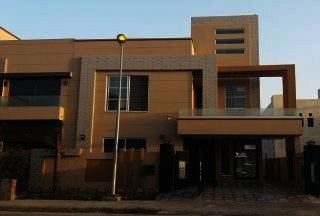 10 Marla House for Sale in Lahore DHA Phase-4 Block D