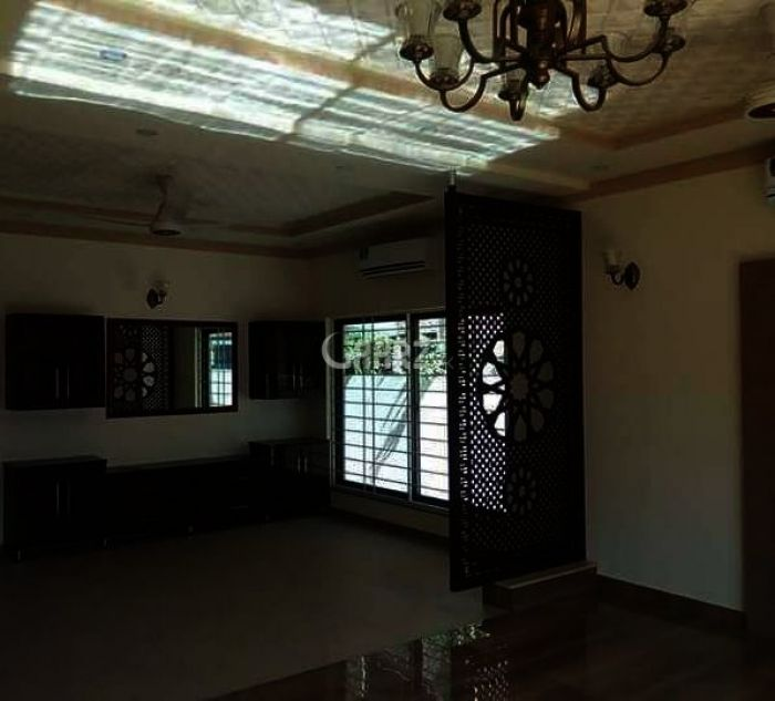 10 Marla House for Sale in Lahore Pia Socity