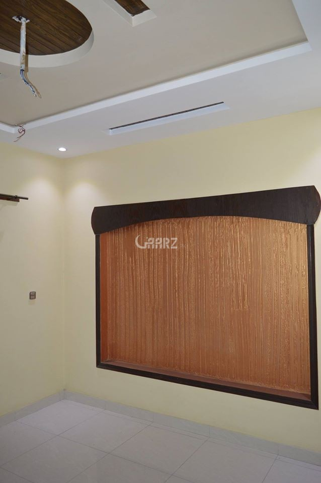 1200 Square Feet Apartment for Sale in Karachi Nishat Commercial