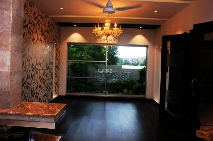 1700 Square Feet Apartment for Sale in Islamabad Services Society