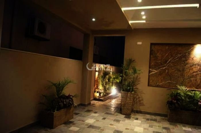 2100 Square Feet Apartment for Sale in Islamabad Silver Oaks Apartments