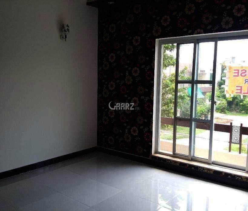 450 Square Feet Studio Apartment For Rent In DHA Phase-6