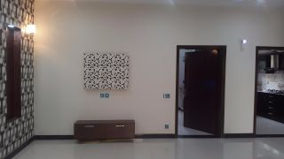 550 Square Feet Apartment for Rent in Rawalpindi Bahria Heights