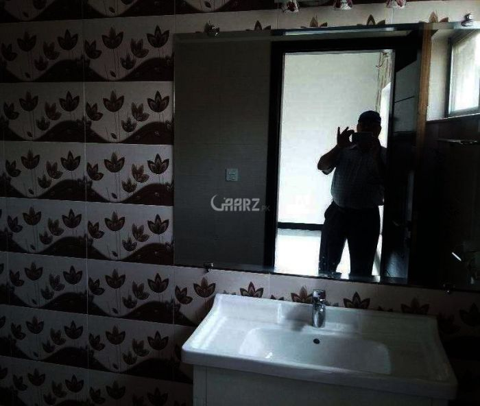 900 Square Feet 2nd Floor Flat Is Available  for Sale in Islamabad DHA Phase-6